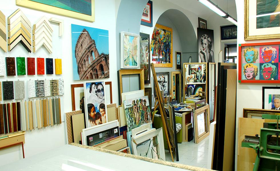 Il corniciaio negozio e laboratorio a roma prati - Cornici specchi roma ...